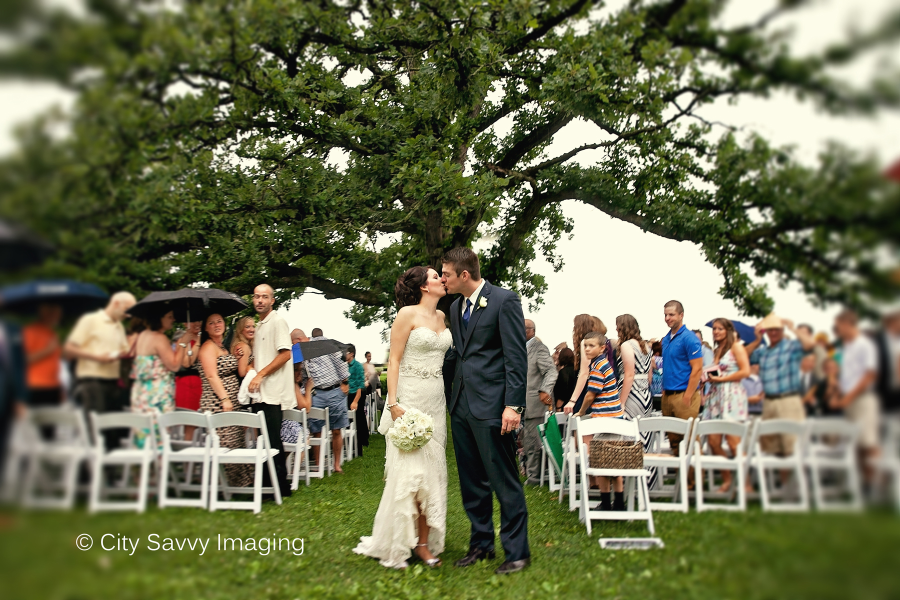 Charming Rustic Wisconsin Farmhouse Barn Wedding Sugarland Weddings Destination Photographer